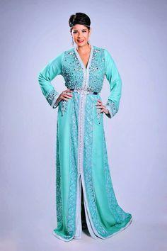 Voici le dernier modèle du caftan Marocain 2015 porté par Leila Hadioui et réalisé par la styliste Rhizlane Samir . Comment vous trouvez ce modèle ?