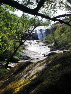 Pozas de Melón, Ourense. Galicia (España) Places To Travel, Places To Visit, Travel Destinations, Celtic Nations, Natural Park, Green Nature, Landscape, City, Pictures