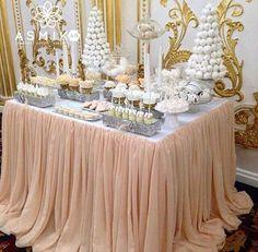 #candybar#кендибармосква#соколинаяохота#фуршетмосква#оформление#оформлениесвадеб#фуршет#свадьба#праздник#праздники#свадебныйстол#люкс#свадьбыкавказа#свадебныеаксессуары#немчиновкапарк Lolly Buffet, Party Buffet, Dessert Buffet, Dessert Tables, Quinceanera Decorations, Quinceanera Party, Wedding Decorations, Table Decorations, Rococo Fashion
