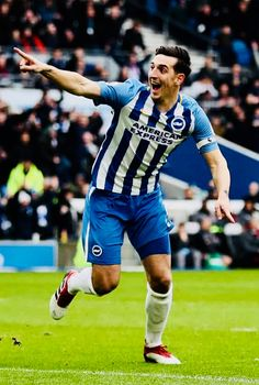 Week 29 : Brighton 2-1 Arsenal - Lewis Dunk (Photo credit : Catherine Ivill/Getty Images) Brighton & Hove Albion Fc, Arsenal, Premier League, Photo Credit, Football, Running, Amazing, Summer, Soccer