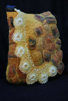 Felted bag by sassafrasdesign, via Flickr