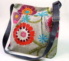 Beautiful Women Handmade bag   TrendyOutLook.Com