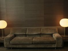 hessian Brave Wallpaper, Sofa, Couch, Boutique Design, Textured Wallpaper, Art Gallery, Table Lamp, Hessian, Furniture