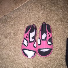 Infant Nike sandals  new! I'm selling my daughters clothe that she never wore. I bought these for $40 don't fit her anymore Nike Shoes Sandals