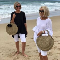 Women S Fashion Designer Labels Over 60 Fashion, Mature Fashion, Fashion Over 50, Mode Outfits, Chic Outfits, Summer Outfits, Fashion Outfits, Casual Chic, Mode Ab 50