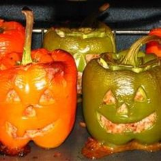 cooooooooooooool  Stuffed Jack-O-Lantern Bell Peppers