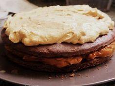 Rellenos para tortas: hay miles y cuando tenés que rellenar una torta fija que no se te ocurre ninguno... Aquí once opciones para no olvidar, ¡sencillas!