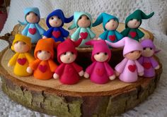 Rainbow Gnomes Polymer Clay Fimo by NeskasWood on Etsy Polymer Clay People, Polymer Clay Fairy, Polymer Clay Ornaments, Sculpey Clay, Cute Polymer Clay, Polymer Clay Dolls, Polymer Clay Miniatures, Polymer Clay Projects, Polymer Clay Creations
