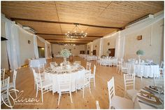 Function Venue in Stellenbosch / Stellenrust Wedding Venue has a remarkable view over Table Mountain and the whole of Stellenbosch. Cream Wedding, Wedding Decorations, Table Decorations, Wedding Venues, Table Settings, Table Mountain, Wine, Breathe, Gold