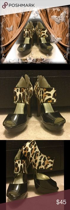 Sexy black & leopard heels Sole Society HIGH heel...black patent and leopard...never worn! Sole Society Shoes