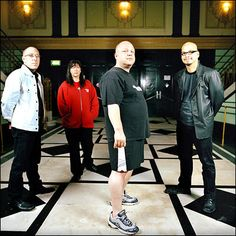 He's a style icon too. Frank Black (in the foreground) and The Pixies.