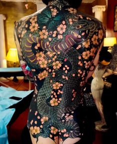 Full Back Tattoos, Full Body Tattoo, Body Art Tattoos, Girl Tattoos, Sleeve Tattoos, Tatoos, Dragon Tattoo For Women, Back Tattoo Women, Tattoos For Women