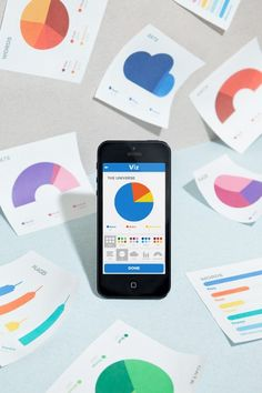 Viz is an iPhone app that let you create simple graph charts instantly Social Web, Mobile Web Design, Ui Web, Visual Communication, Interactive Design, Data Visualization, User Interface, My Works, Mobile App