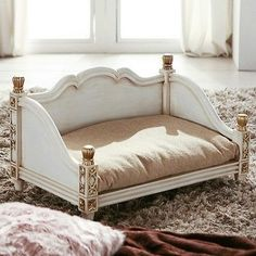 White-Luxury-Dog-Bed-Pet-Furniture-Wooden-Puppy-House-Cushions-Antique-Style #PuppyHouses