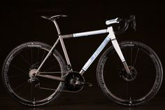 2016 NAHBS: Strong Disc Road Bike with SRAM RED eTap