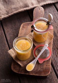 We love Lemon curd! xc {Lemon Curd in Weck Jars} My Recipes, Sweet Recipes, Dessert Recipes, Favorite Recipes, Gluten Free Desserts, Delicious Desserts, Chutney, Lemon Curd Tart, Weck Jars