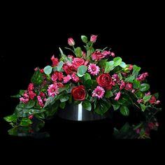 Dekoracja nagrobna Nr 547 Grave Flowers, Funeral, North Korea, Plants, Diy, Decor, Church Flower Arrangements, Thanks, Wedding