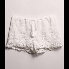 Crochet Shorts #424-IS Crochet shorts that ties in the front. Shorts