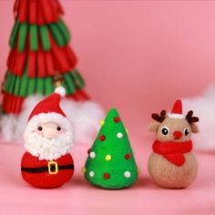This festive needle felting kit will have you excited for Christmas! There's everything you need to be able to make one Santa Claus, one Christmas Tree and a reindeer. You can easily attach some thread to turn them into tree decorations too. First Christmas, All Things Christmas, Christmas Baubles, Christmas Tree, Needle Felting Kits, Tree Decorations, Reindeer, Needlework, Festive