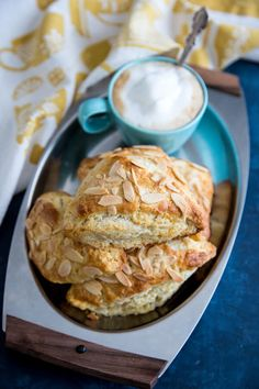 These tender Almond Scones are made with buttermilk and stuffed with a homemade almond paste filling. They're prefect with tea or coffee. Peach Scones, Orange Scones, Breakfast Recipes, Scone Recipes, Breakfast Biscuits, Breakfast Ideas, Almond Paste, Pastry Blender, Sliced Almonds