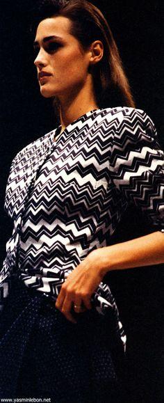 yasmin lebon 1991 Gianni Versace runway | Gianni Versace