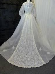 Bilderesultat for used vintage wedding dress
