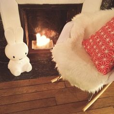 miffy lamp Miffy Lamp, Kids Lamps, Lamp Design, Shag Rug, Hello Kitty, Rugs, Christmas, Home Decor, Light Bulb Drawing