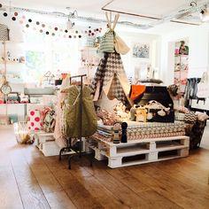 Amsterdam, MiniMarkt - Store for the child