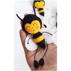 """Would you like to be - A Bee Bee a busy busy bee - Buzzing round from flower to flower - In the sunshine and in the showers - Buzzing on for hours and hours - Wouldn't you like to be a Bee?""  #littleinsect  .  .  .  .  #nurserymobile #babymobil #beemobile #babydecor #feltmobile #babygift #giftideas #newborn #newbaby #newmom #decoration #nursery #baby #handmade #felt #bee #obyshandmde #ape #feltro #pannolenci"