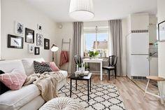 Jurnal de design interior - Amenajări interioare : Roz și negru într-o garsonieră de 28 m²