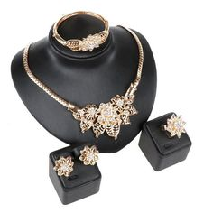 Women 18K Gold Plated Crystal Flower Pendant Necklace Wedding Party Jewelry Set