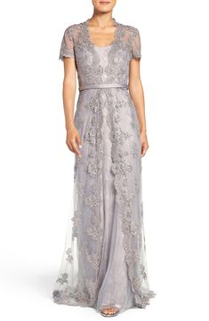 MACloth Cap Sleeves Lace Long Evening Gown Silver Mother of the Brides Dress Source by ltrenschel of the bride dress Mob Dresses, Trendy Dresses, Plus Size Dresses, Nice Dresses, Dresses With Sleeves, Wedding Dresses, Cap Sleeves, Pageant Dresses, Halter Dresses