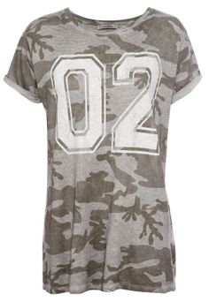 CAMOUFLAGE PRINT TOP - SPECIAL PRICES - WOMAN - PULL&BEAR Greece