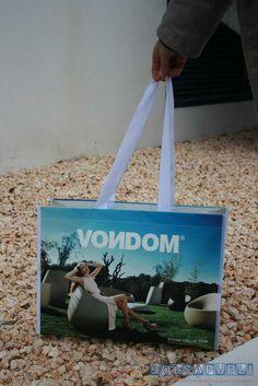 Bolsapubli apuesta fuerte por las bolsas de rafia, estas bolsas son muy comerciales y resistentes, además de tener un tacto agradable a los clientes.