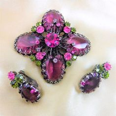UNSIGNED SCHREINER VINTAGE OPEN BACK GLASS/RHINESTONE BROOCH & EARRING SET!