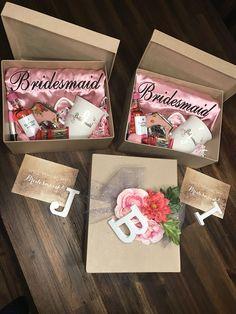 New Wedding Party Checklist Bridesmaid Ideas Wedding Gifts For Groomsmen, Gifts For Wedding Party, Groomsman Gifts, Wedding Favors, Our Wedding, Dream Wedding, Wedding Parties, Wedding Souvenir, Party Gifts