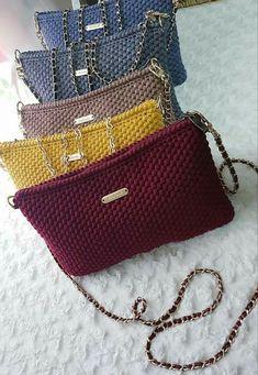 Crochet Backpack Pattern, Crochet Coin Purse, Crochet Purse Patterns, Crochet Pouch, Crochet Purses, Best Leather Wallet, Diy Crafts Crochet, Easy Crochet, Crochet Shoulder Bags
