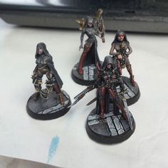 #miniatures #miniaturepainting #mini #warhammer #art #painting #wip #workinprogress #sistersofbattle #warhammer40000 #thebrushbrothers#fortheemperor #inquisition #squad #ragingheroes #crucible #wh40k #loler #hussar#wip Warhammer Art, Warhammer 40000, Sci Fi Models, Fantasy Races, Space Marine, Sculpture, Miniture Things, Armors, Figs