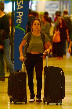 becky g miami airport | About This Photo Set: Austin Mahone stops to take a fan selfie outside ...
