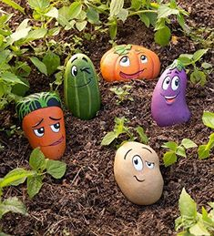 These 5 Piece Garden Stone Set features whimsically cartoony veggie buddies are cast in weather-resistant resin, so they are a delightful addition to your garden and as markers in your vegetable bed. But with their adorable expressions and bright colors, Stone Crafts, Rock Crafts, Crafts With Rocks, Vegetable Bed, Vegetable Gardening, Veggie Gardens, Vegetable Garden Markers, Hydroponic Gardening, Organic Gardening