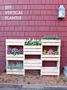 """""""D"""" is for DIY Workshop: Vertical Planter"""