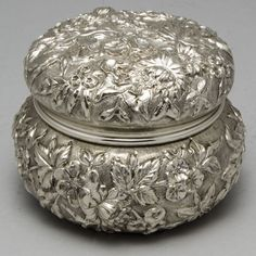 S Kirk & Son fully chased sterling silver powder jar, in the Repousse pattern, Baltimore, c1890's (Alex Cooper Auctioneers)