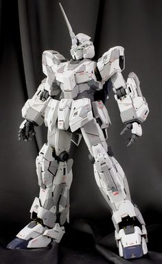 GUNDAM GUY: PG 1/60 RX-0 Unicorn Gundam - Painted Build