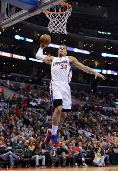 Blake Griffin #32 of the Los Angeles Clippers dunks during a 107-102 win over the Los Angeles Lakers at Staples Center on 4 Jan 2013