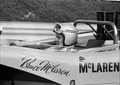 Sports Car Racing, Race Cars, Dave Allen, Bruce Mclaren, Course Automobile, Mclaren Cars, Challenge Cup, Courses, Vintage Images
