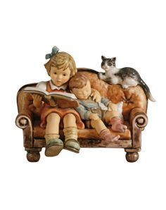 Hummel limited editions | Hummel Beeld Lesestunde / Story Time | Peter\'s Hummel Home | De grootste collectie beeldjes | Hummel Disney Goebel...