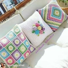 Crochet Afghans Set of 3 crochet cushion covers, handmade cotton and natural wool blanket - Crochet Afghans, Crochet Motifs, Crochet Squares, Crochet Patterns, Granny Squares, Blanket Crochet, Crochet Ideas, Knitting Patterns, Crochet Cushion Cover