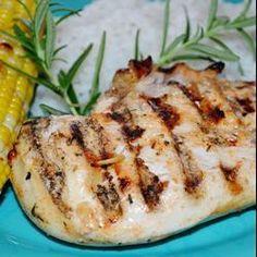 Poulet grillé au citron et au yogourt @ http://qc.allrecipes.ca