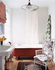 I like this round shower curtain