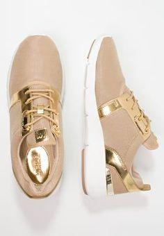 Dieser Sneaker lässt dein Modeherz höherschlagen. MICHAEL Michael Kors AMANDA - Sneaker low - pale gold für 159,95 € (18.05.16) versandkostenfrei bei Zalando bestellen.